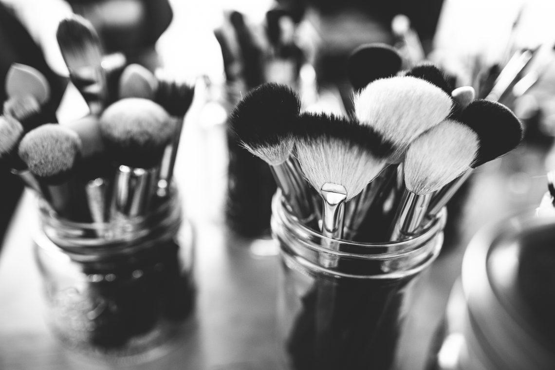 makeup debate